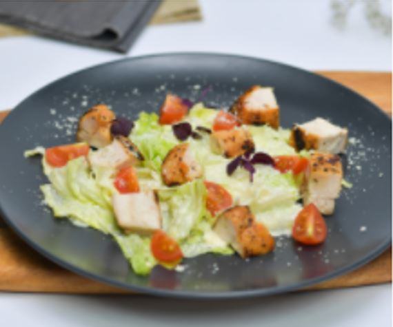 Iceberg Salad with Grilled Chicken