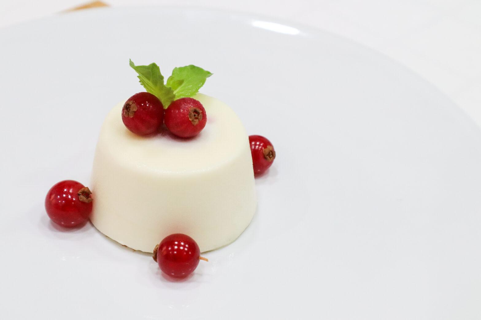 Mint mousse with Berry Confit